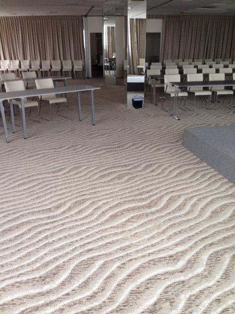 moquette sala congressi milano marittima