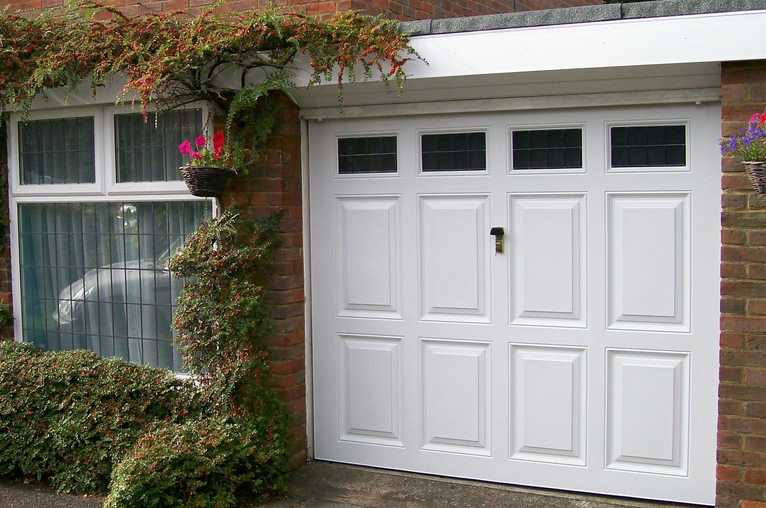 Premier Garage Doors Amp Gates In Buckinghamshire Amp Beyond