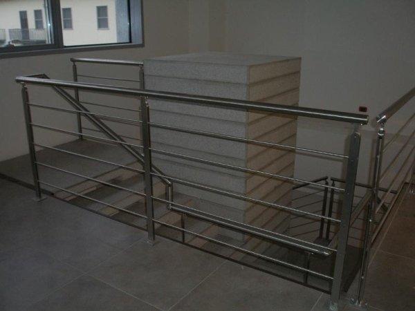 scale acciaio