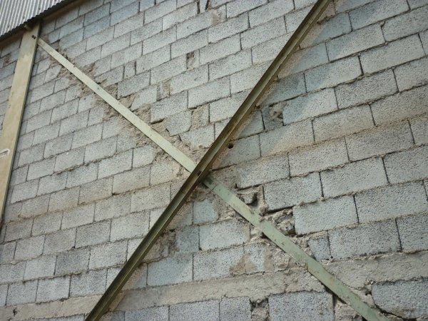 scale ferro