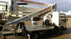 noleggio piattaforme per pulizia tetti e grondaie