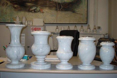 vasi e lumini per arte funeraria