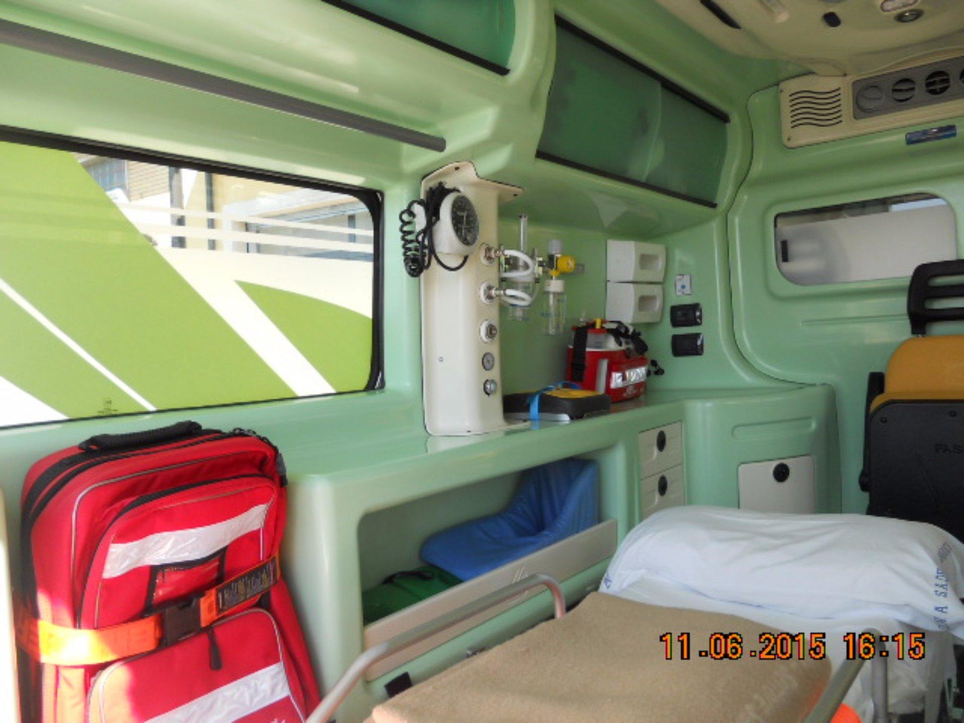 L'ambulanza è completamente attrezzata per ogni emergenza