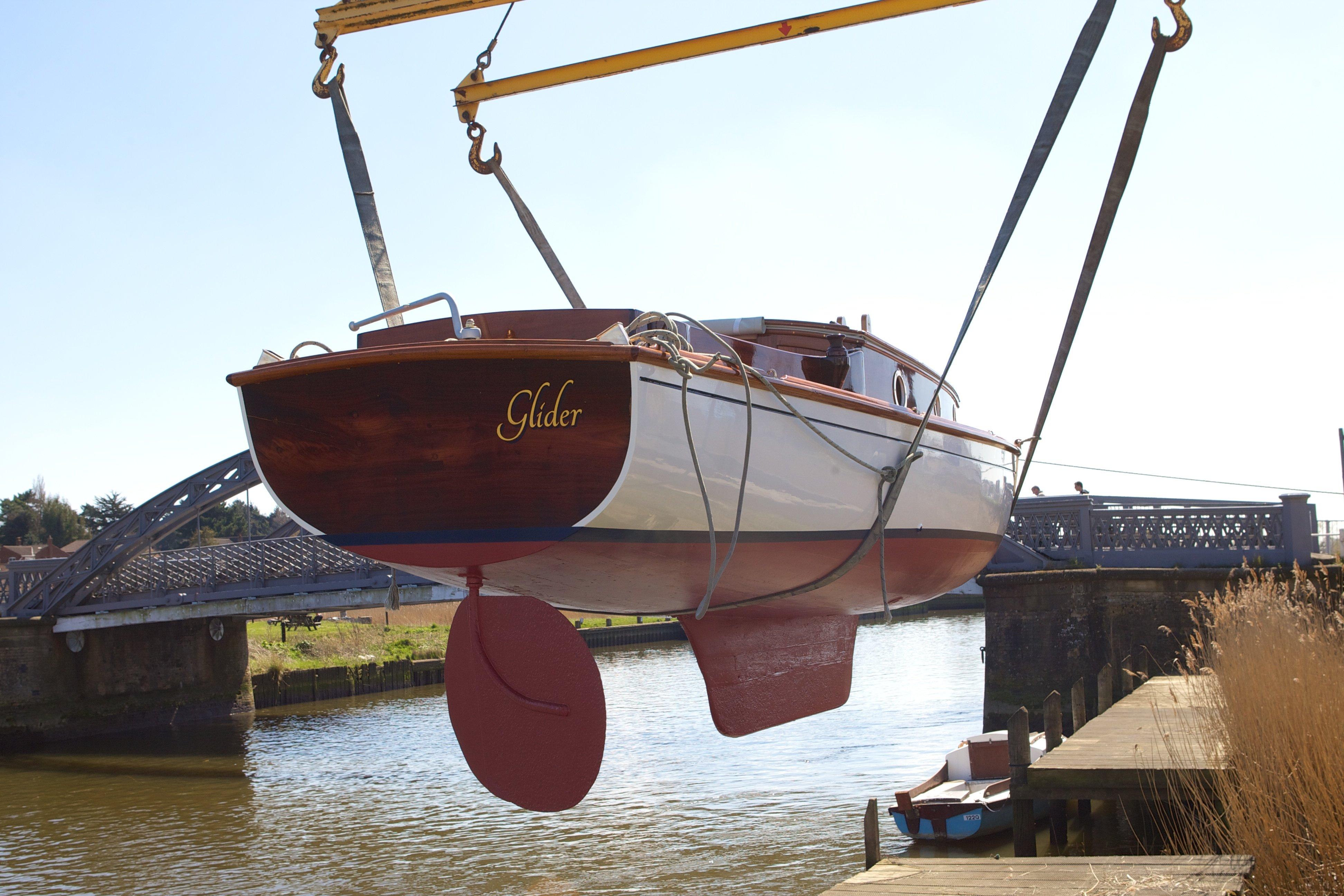 Glider boat