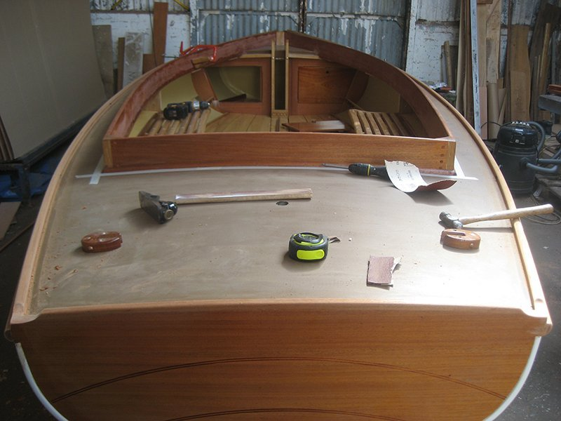 Bure 135 Honeycomb boat being built