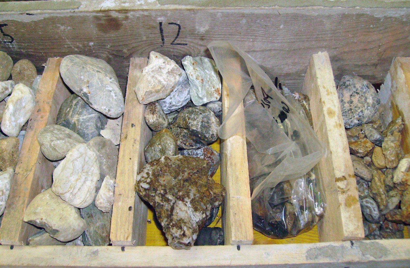 campioni di differenti rocce