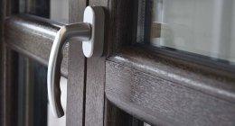 legno alluminio, serramenti in pvc, maniglie cromate