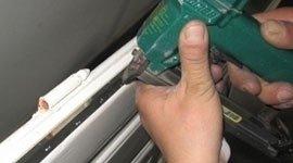 antispiffero di acciaio inox, falsi telai in lamiera zincata-taglio termico, finestre