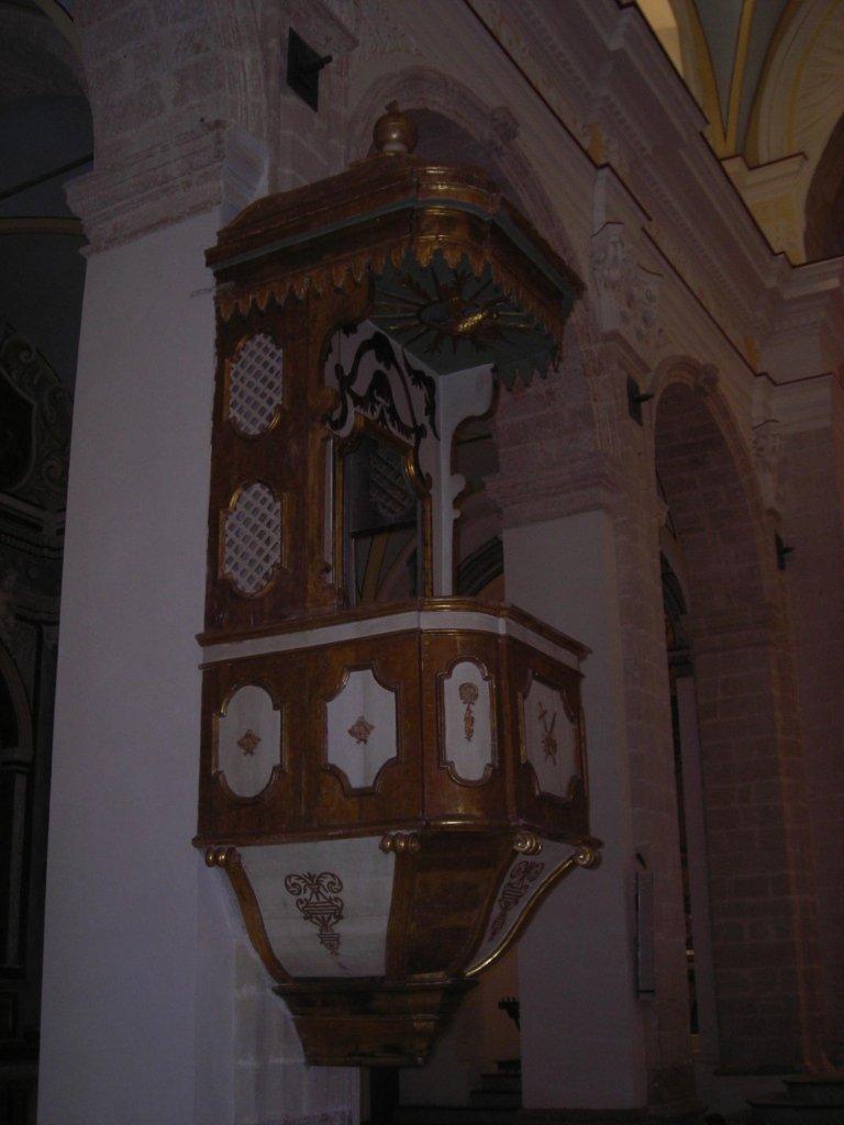 pulizia di chiese dopo restauro