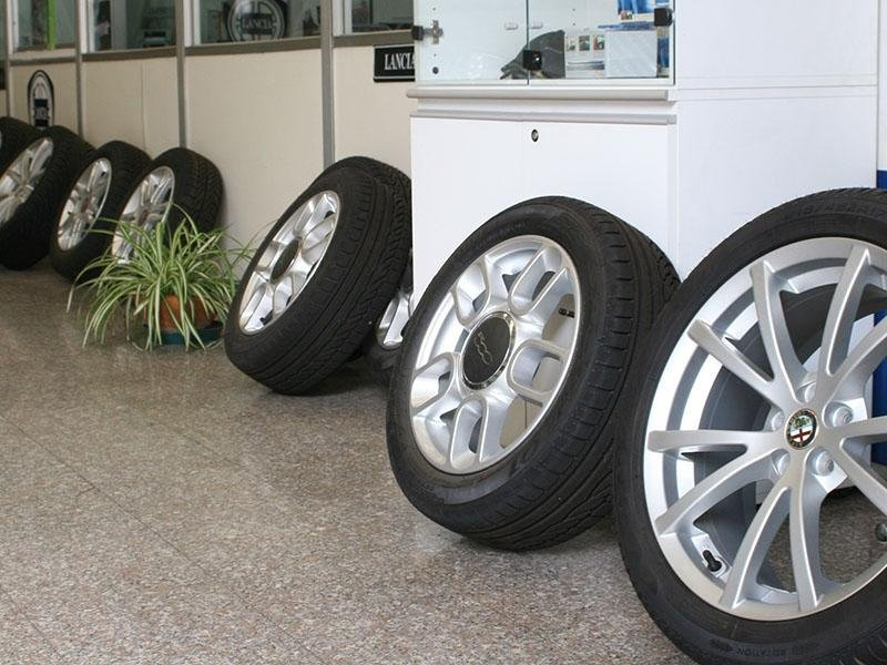 gomme nuove e usate