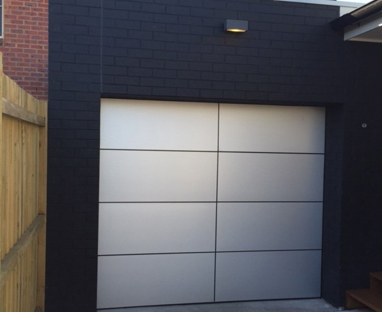 Architectural panel lift newcastle doors 4u garage for Architectural garage doors