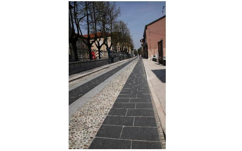 pavimentazione area pedonale