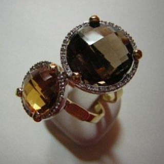 anello in oro giallo con diamanti quarzi citrino e fumè