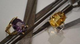 anelli oro giallo e bianco con ametista e quarzo citrino naturali con diamanti