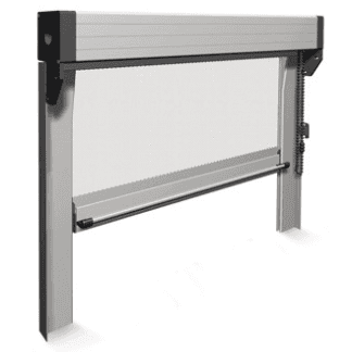 Zanzariera a catenella per finestre e porte finestra. Possibilità di doppio comando per uso interno ed esterno. Senza guide a terra