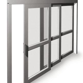Modello di zanzariera a pannelli  ideale per spazi molti ampi. Senza guida a terra. I pannelli sono facilmente smontabili se si volessero togliere nel periodo invernale
