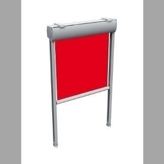 Tenda da sole a caduta con guide ideale per chiusure verticali