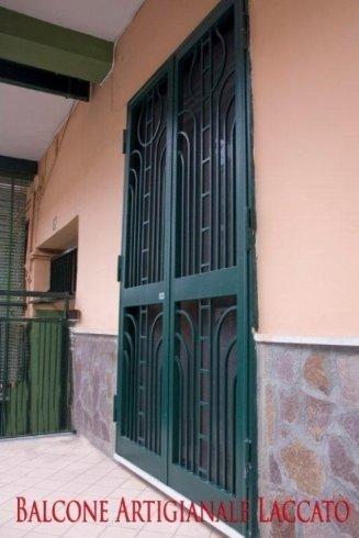 Balcone artigianale laccato