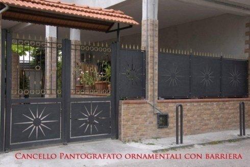 Realizzazione cancelli con ornamenti pantografati