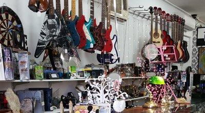 wynnum manly loan office musical goods