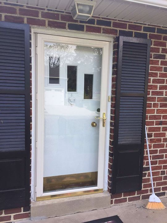 Door installation in berwyn collegeville doylestown new hope installing a door do not waste your money effort and time on a do it yourself instead hire our services and safeguard your abode and family solutioingenieria Choice Image