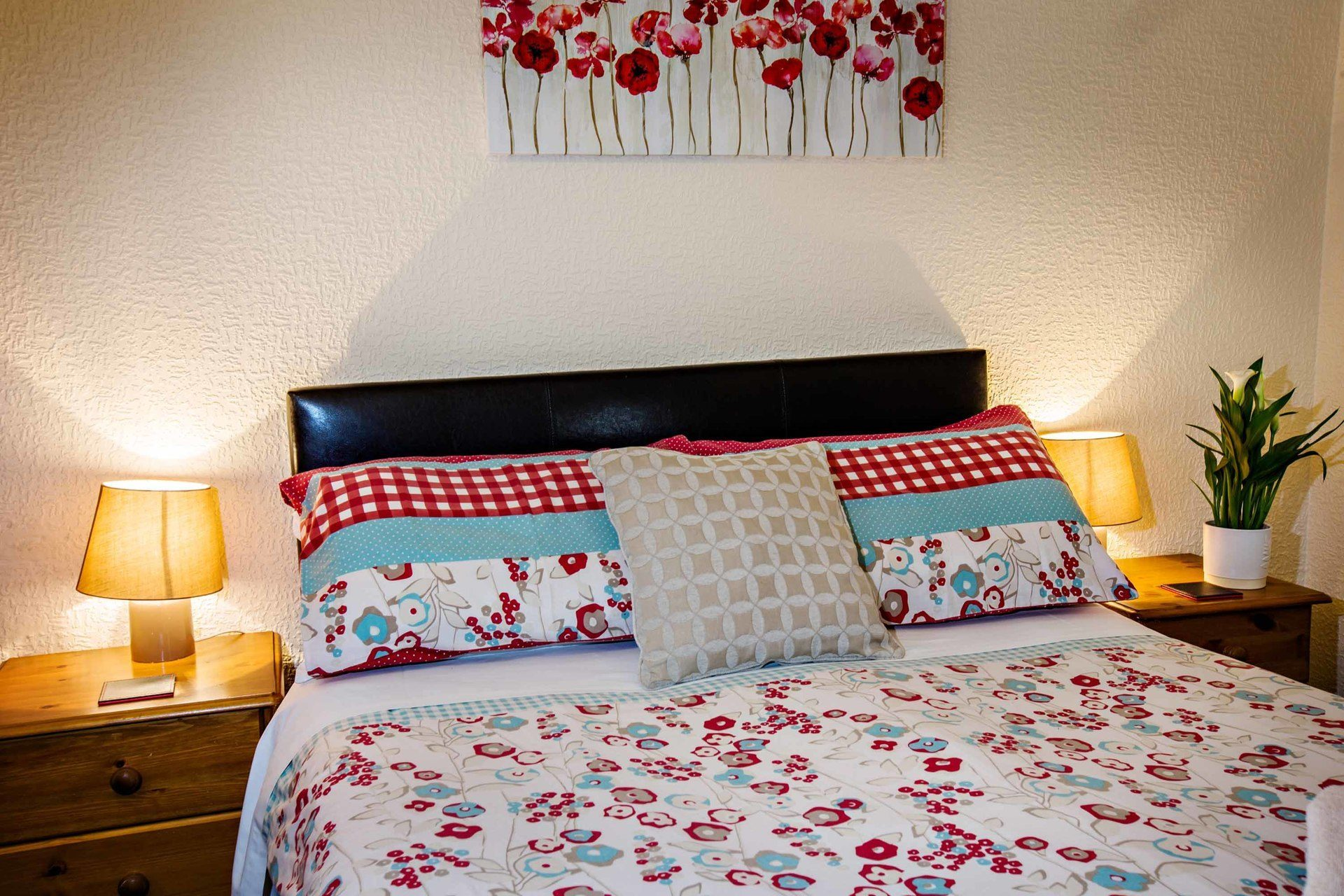 interior bedroom 3