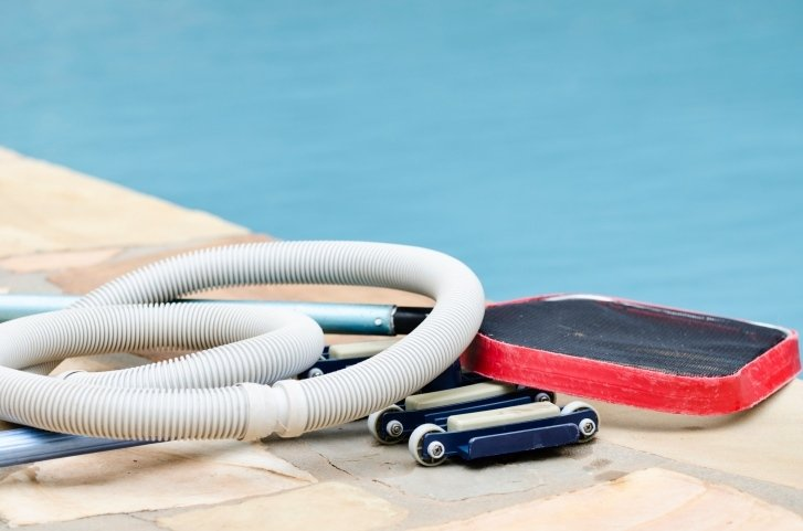 pulitori per piscina