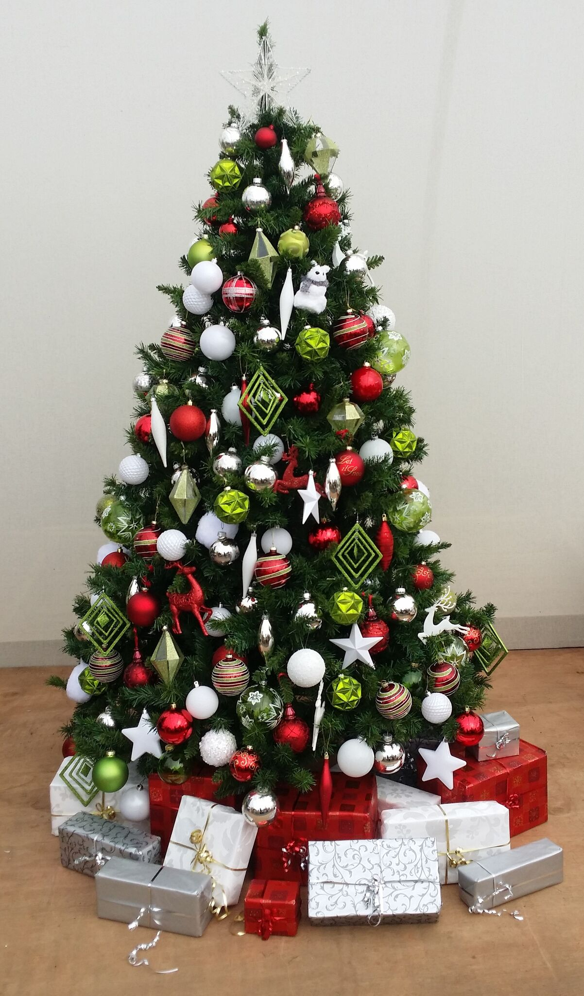 inspiration christmas tree hire for offices businesses in london