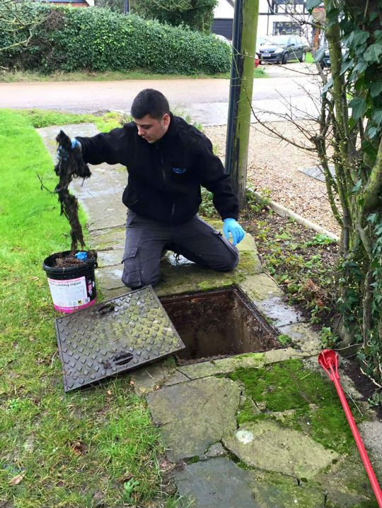A drain in Ashford Kent unblocked by Argyle Drains