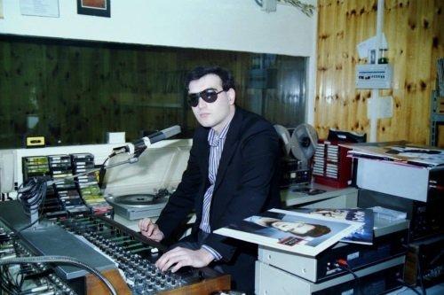 Speaker di una radio al mixer