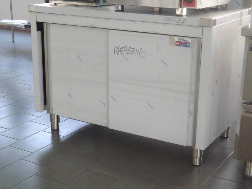 BOFRIGOR - Tavolo Armadiato 120x70 con alzatina porte scorrevoli e ripiano intermedio.jpeg
