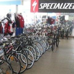 Esposizione bici specialized