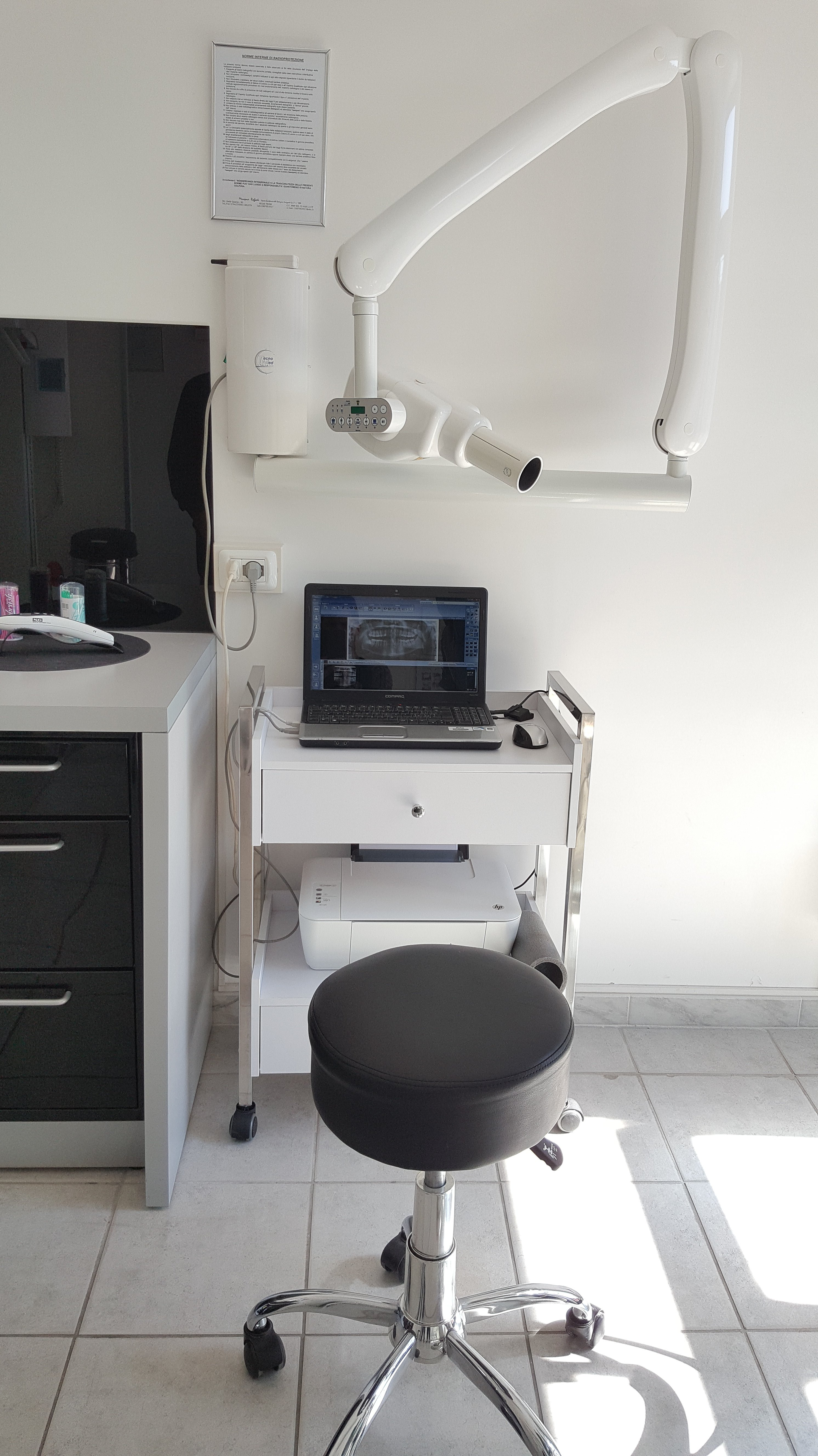 dispositivo elettronico per visite dentistiche