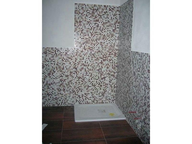 Doccia con mosaico
