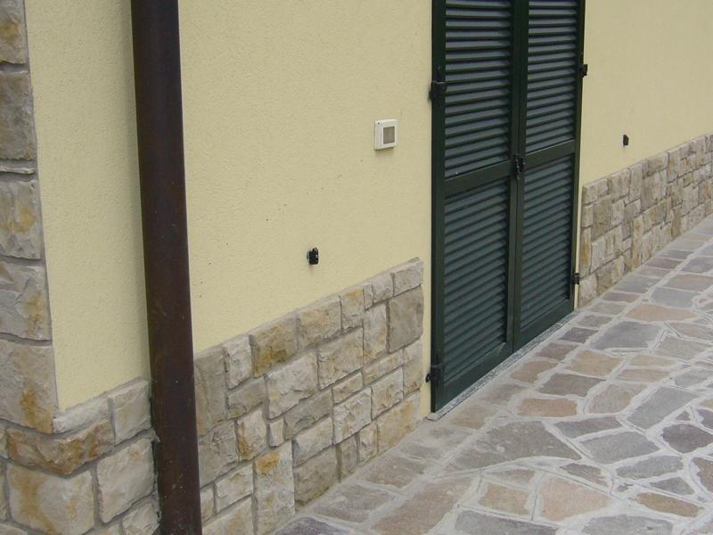 Rivestimenti in pietra pavimenti esterni