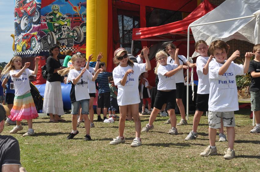 family fun run participants