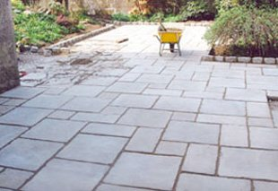 Paving and patio installars - Kemnay, Aberdeenshire - Bon-Accord Landscapes & Tree Services - Paving