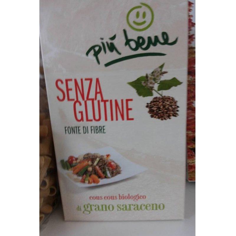 una confezione di cous cous biologico senza glutine al grano saraceno