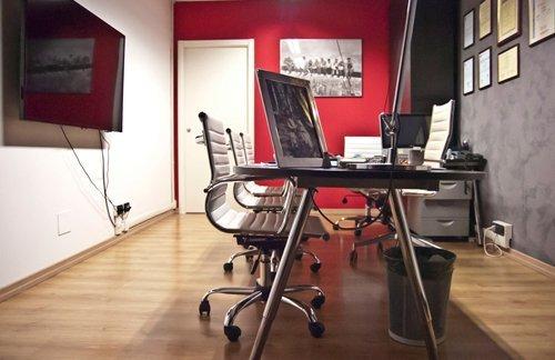 vista laterale ufficio riunioni