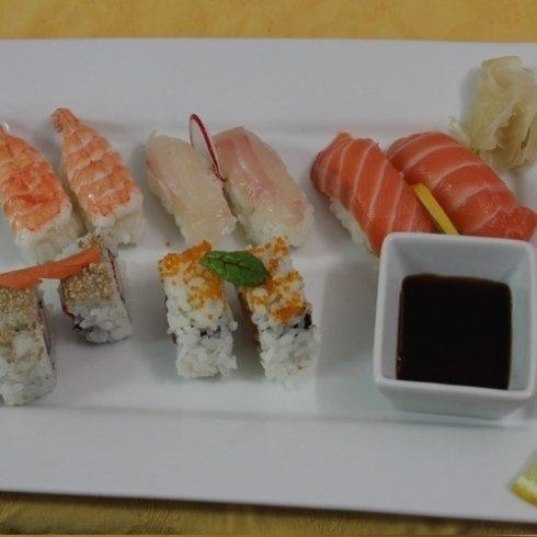sushi, maki, cicina giapponese