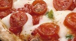 pizza con pomodorini, pomodorini, pizza fragrante