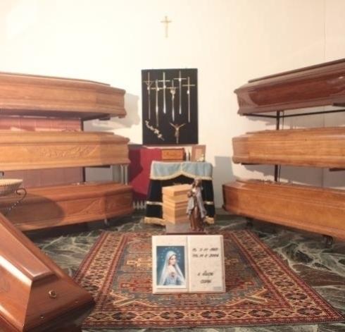 vendita bare in legno, cofani intarsiati, cofani pregiati