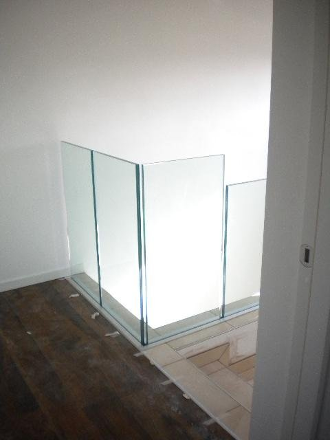 Realizzazione parapetti per scale in vetro vicenza vetreria pretto - Parapetti in vetro per scale ...