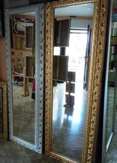 Specchi incorniciati