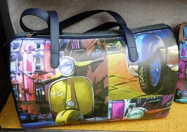 Borsa bauletto decorata a mano