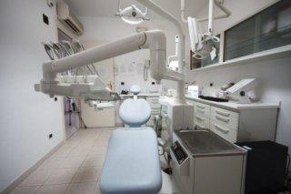 pulizia infezioni denti