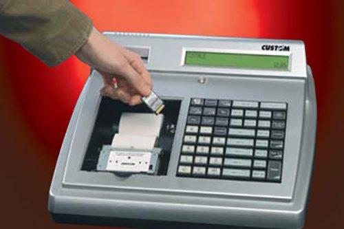 registratore di cassa color argento