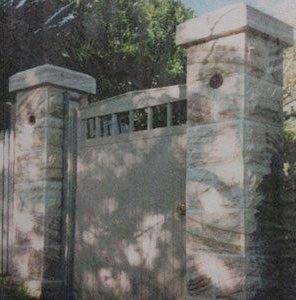 michael livisianos stonemason stone pillars near gate