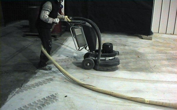 Levigatura cemento industriale