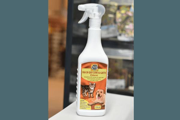 repellente-per-cani-e-gatti